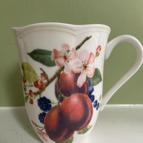 Lenox Orchard in Bloom Plum Blossom Mug